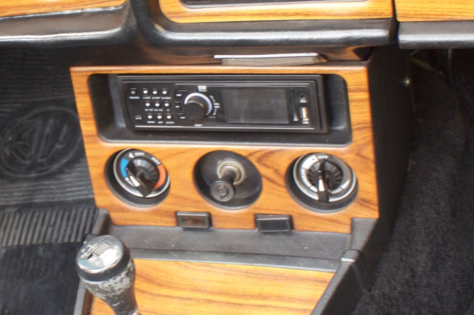 1977 MGB Conversível