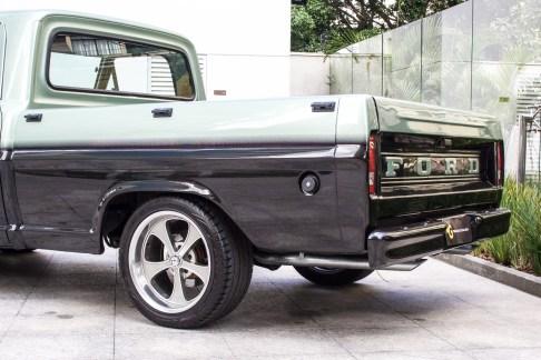 1986 Ford F100 V8 Custom