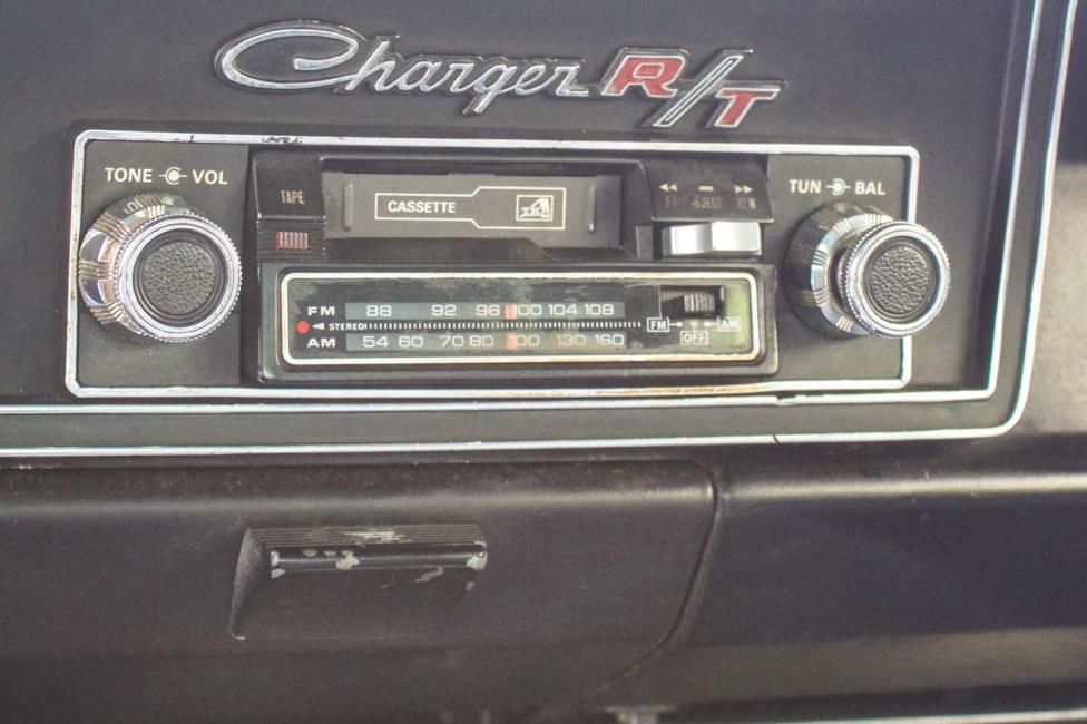 Rádio Dodge R/T