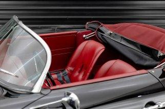 1957-porsche-356-speedster-the-garage-for-sale-no-brasil