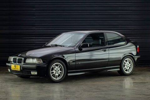 1998 BMW 323 ti preta a venda the garage