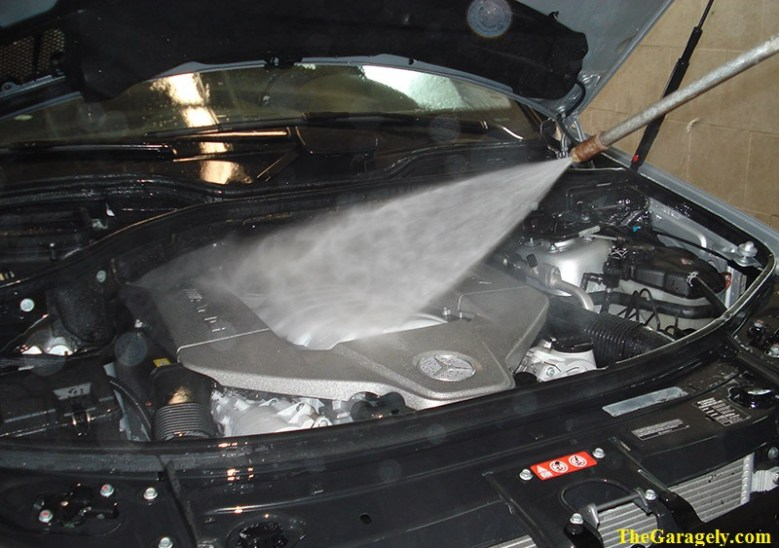Washing your Car Engine