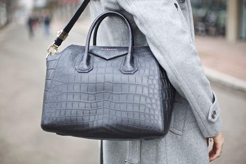 The_Garage_Starlets_Katia_Peneva_Popov_Burberry_Gucci_Zara_Louis_Vuitton_Givenchy_05
