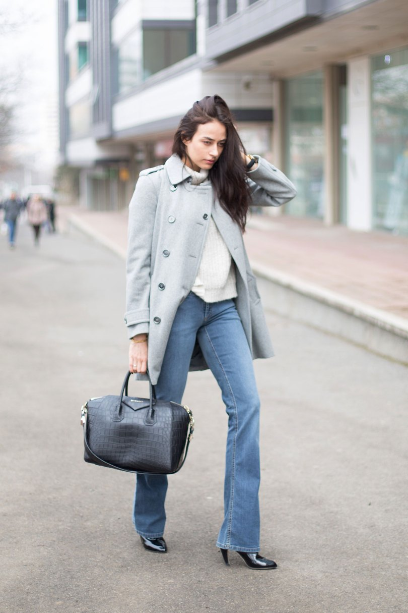The_Garage_Starlets_Katia_Peneva_Popov_Burberry_Gucci_Zara_Louis_Vuitton_Givenchy_06
