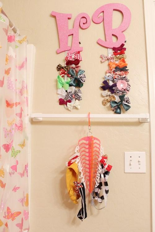 The U.S.H. aka Universal Sock Hanger