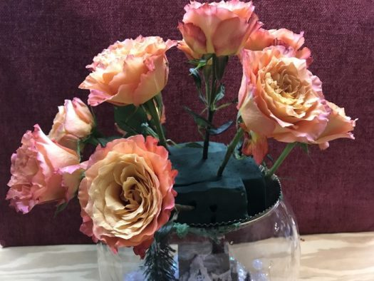 I had a dozen Milva Roses and cut the stems short and inserted them in the oasis