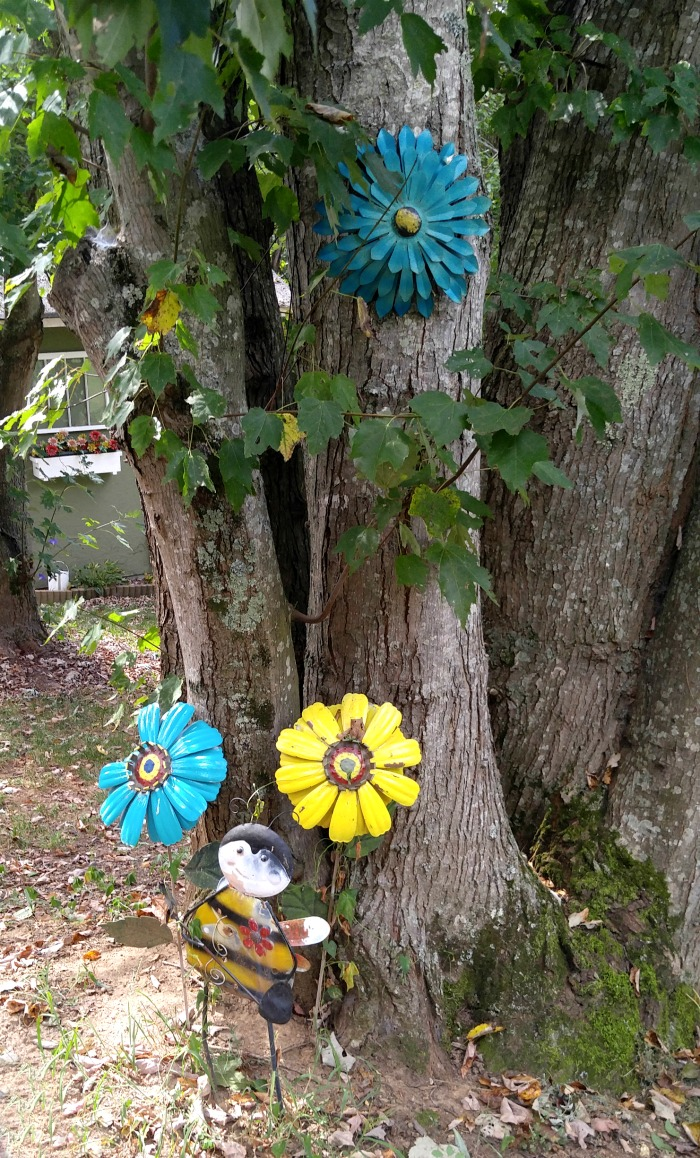 Creative Metal Yard Art - The Gardening Cook on Backyard Metal Art id=94317