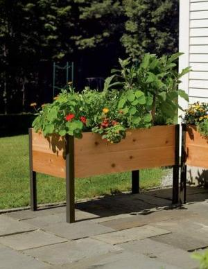 gardeners supply raised garden bed