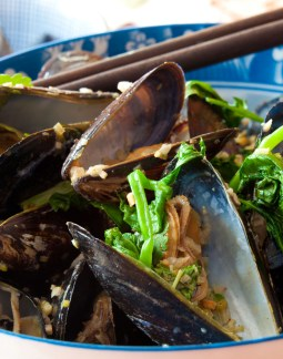Grilled Mussels with Coconut Curry Broth-12