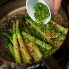 Asparagus with Horseradish Cream-2039