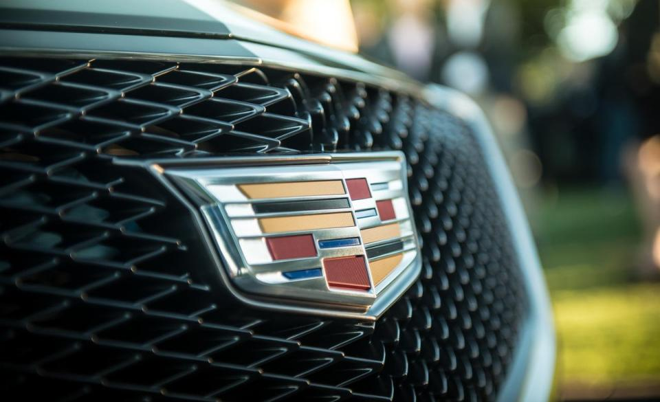 cadillac-elmiraj-concept-grille-and-badge-photo-531697-s-1280x782