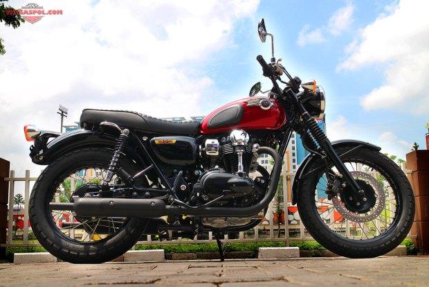 Kawasaki-W800-13