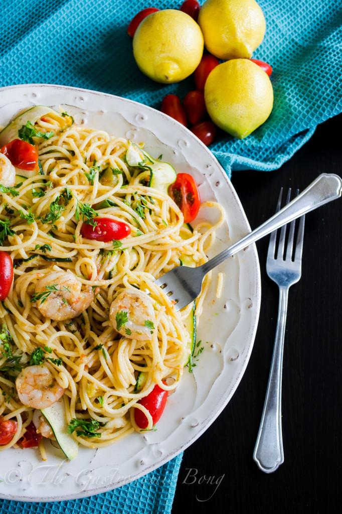 Perfect Summer Pasta- Garlic Prawn Spaghetti with Lemon, Zucchini and Cherry Tomatoes