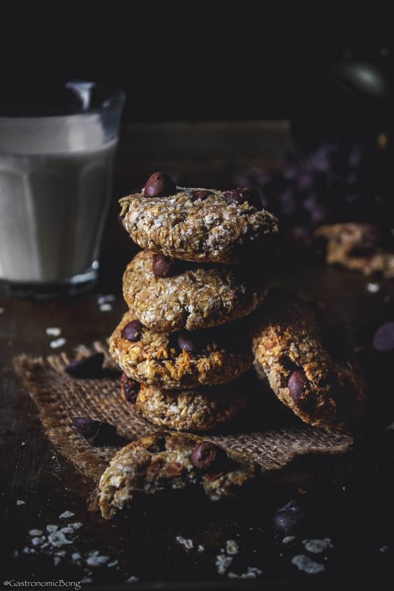 5-ingredients Banana Coconut Honey Oats Chocolate Chip Cookies