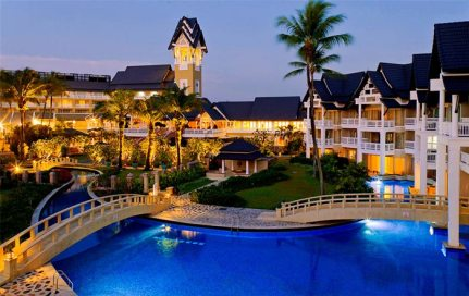 Hotel-Gay-Phuket-TropOut