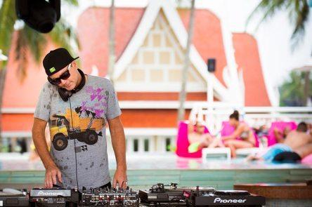 TropOut-DJ-Party