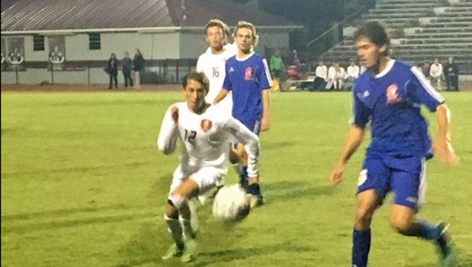 Bearcats scratch Pirates on soccer field