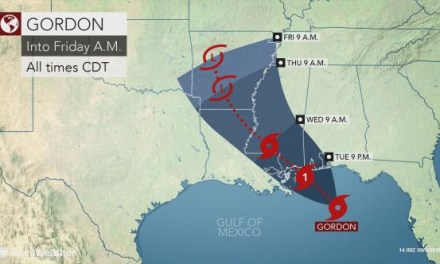 GORDON STRENGTHENS IN GULF, GOVERNOR DECLARES EMERGENCY, CURFEW SET
