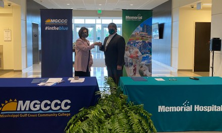 MGCCC & Memorial Hospital Sign Agreement for Training