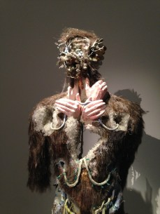 Jusqu'au 1er février David Altmejd Musée d'Art Moderne de la Ville de Paris. https://thegazeofaparisienne.com/2014/10/23/david-altmejd-flux-musee-dart-moderne-de-la-ville-de-paris