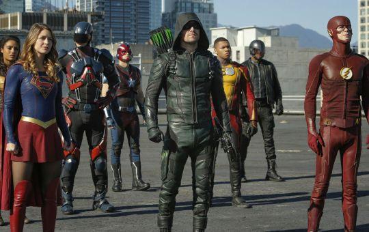 The CW Arrowverse Showrunner Andrew Kreisberg suspended sexual allegations