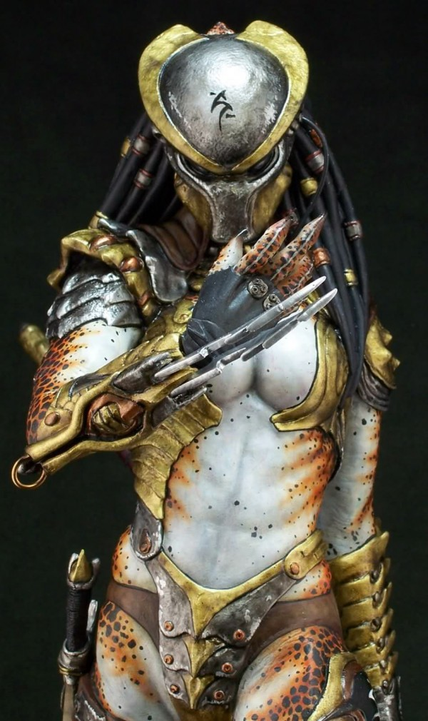 Female Predator cosplay