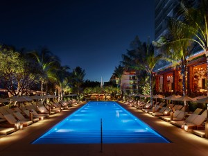 The Edition hotel in miami, the perfect place to relax and enjoy the high life