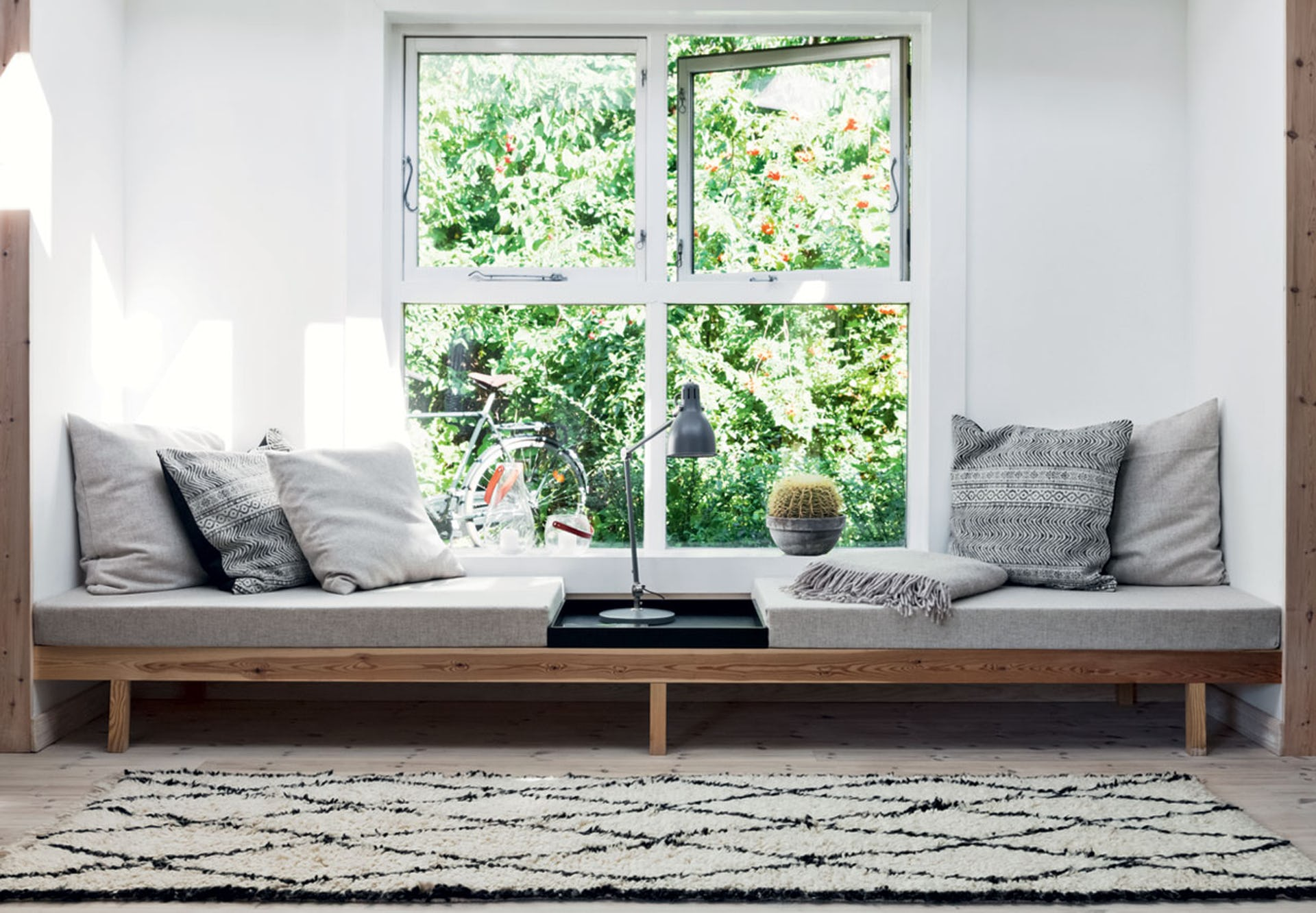 - Daybeds In Living Room