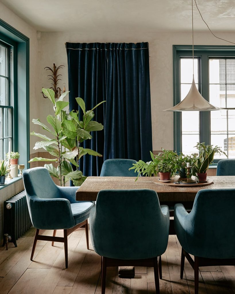 A dining room that is filled with this wabi-sabi elegance