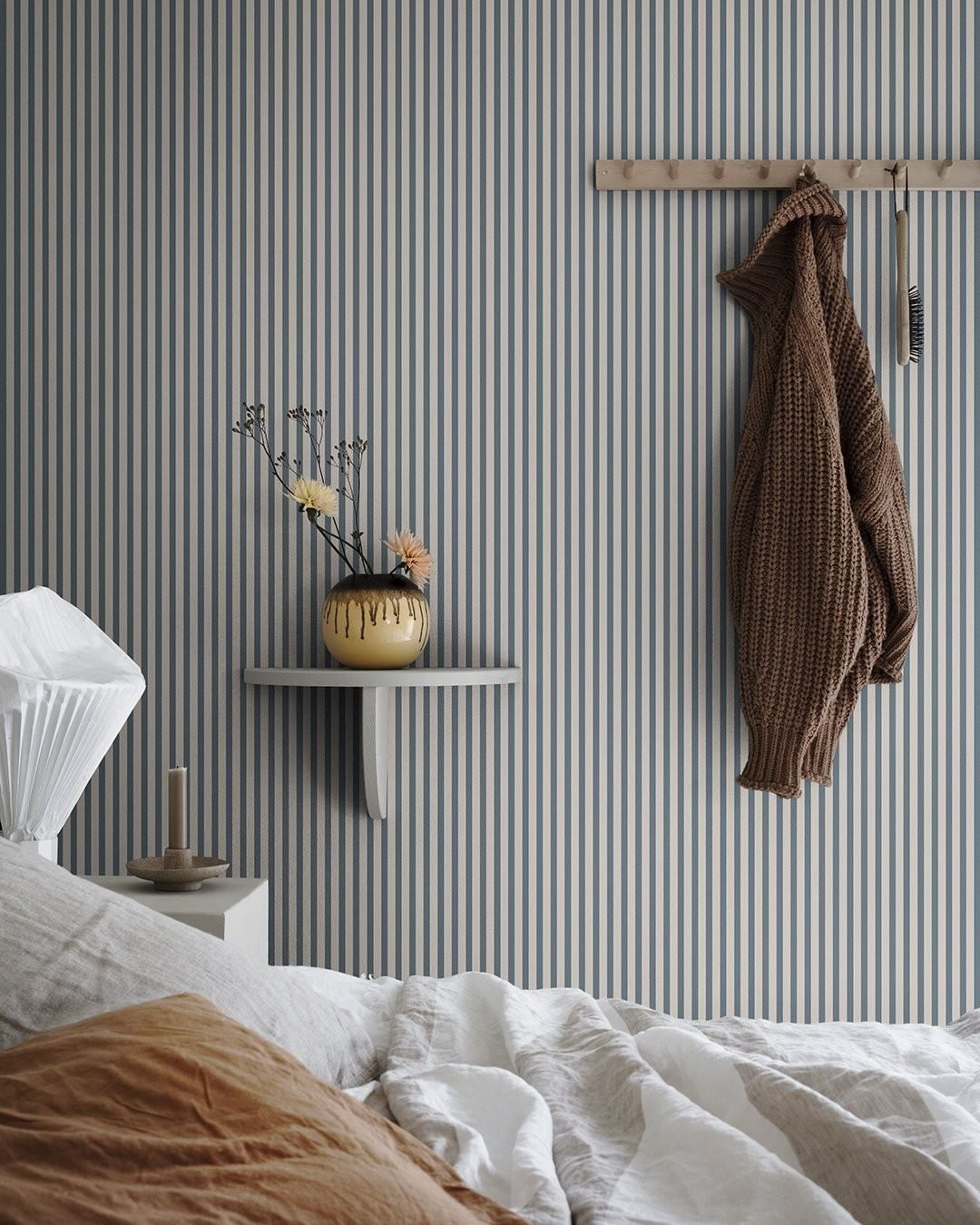 Decorating with wallpaper sandberg estelle dark blue