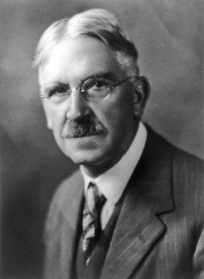 John Dewey, photo by Underwood and Underwood - philosophy of education - internet - The Gemsbok