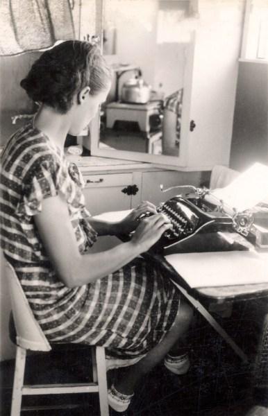 Estelle typing