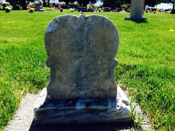 One of my random clicks.  A headstone for Pearl Hapdman who did not yet have a memorial on findagrave.