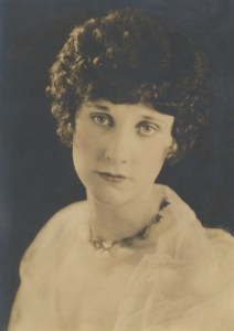 Muriel Grace Groome nee Hyde - cleaned up