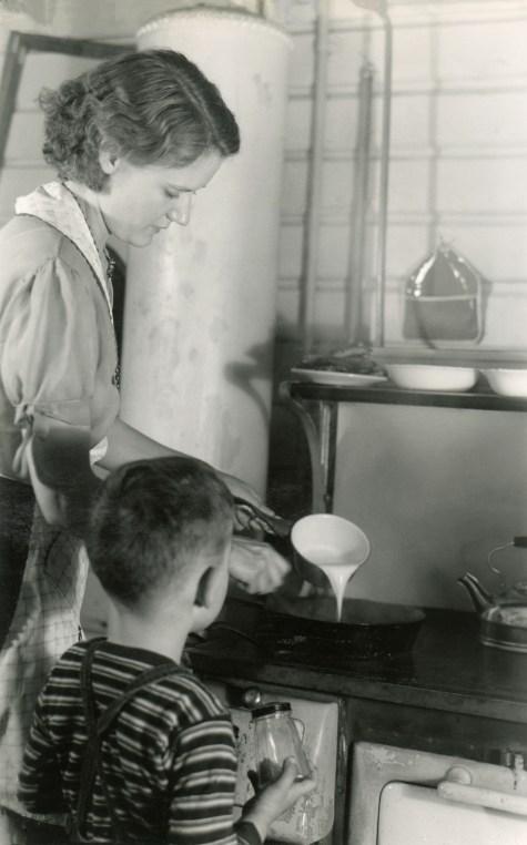 DUVAL, Estelle & Frank D, 4 November 1940, Bellingham, W