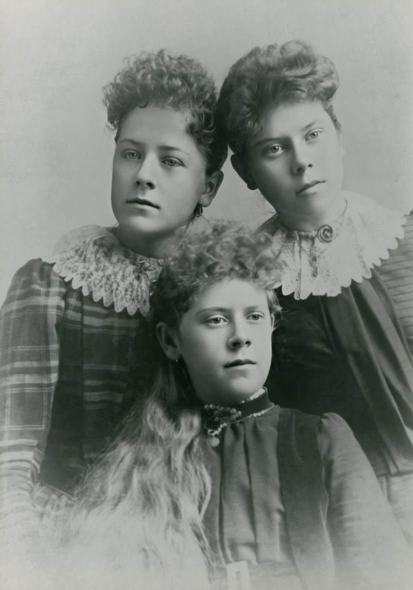 Jane Zina Petrina Folkman with two sisters, enhanced with Remini
