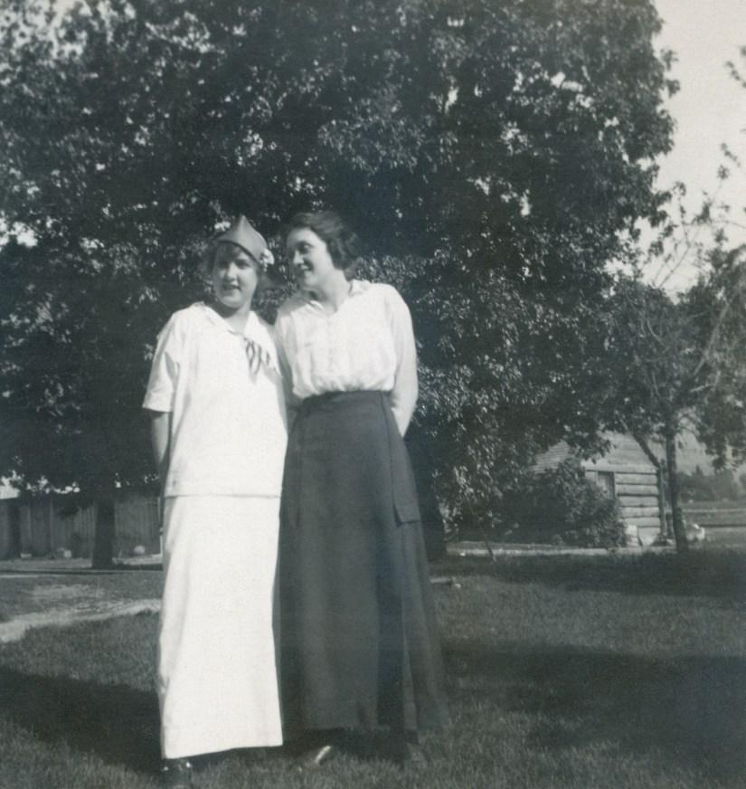 BEA1, img 20, Blanche, Hazel, July 1915