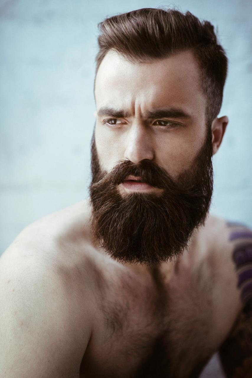 Barba e baffi, le tendenze e i nuovi look del 2015