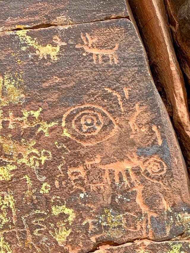 Bar V Bar Petroglyph