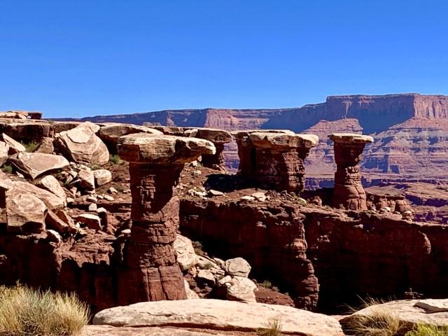 Walking Rocks