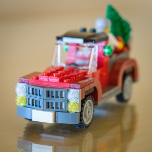 Lego-delivery-truck