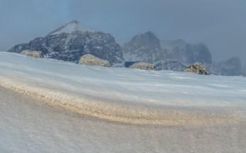 snow-drift-mount-rundle