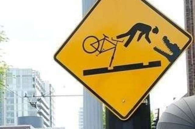 Bisiklete bindim diye sevindin ama