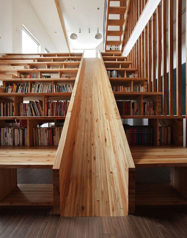 merdivenden kütüphane yapmak