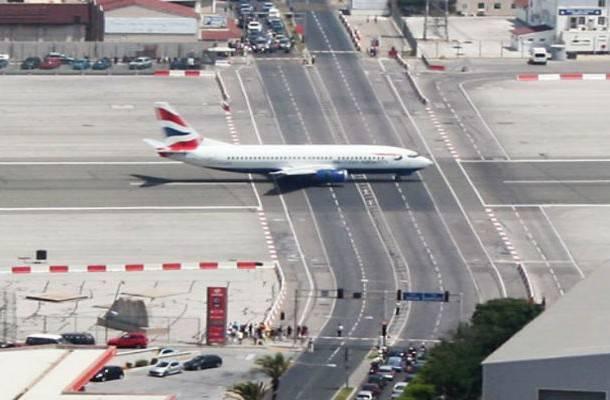 Gibraltar Uluslararası Havalimanı, Gibraltar