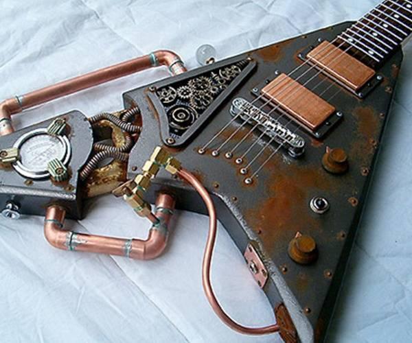 Metallerden oluşan gitar