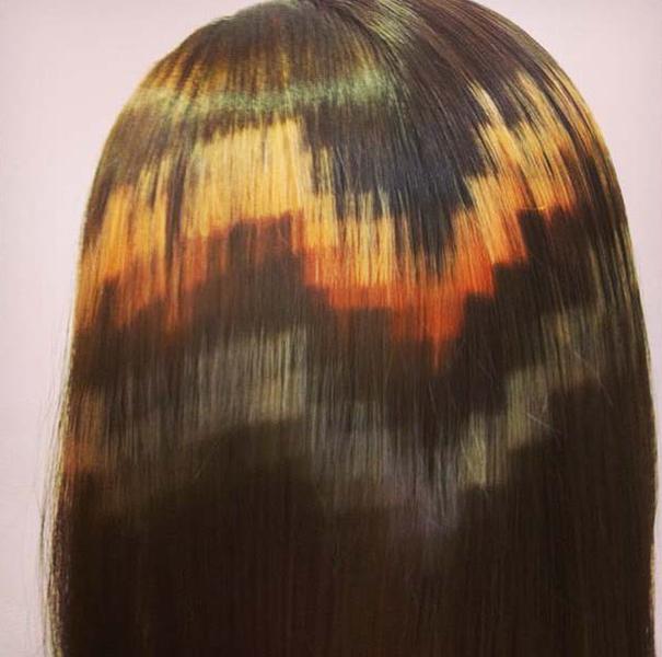 Piksel boyanmış saç