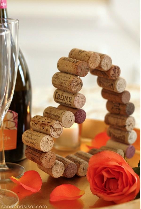 sevgililer günü kendin yap - şarap tıpasından kalp