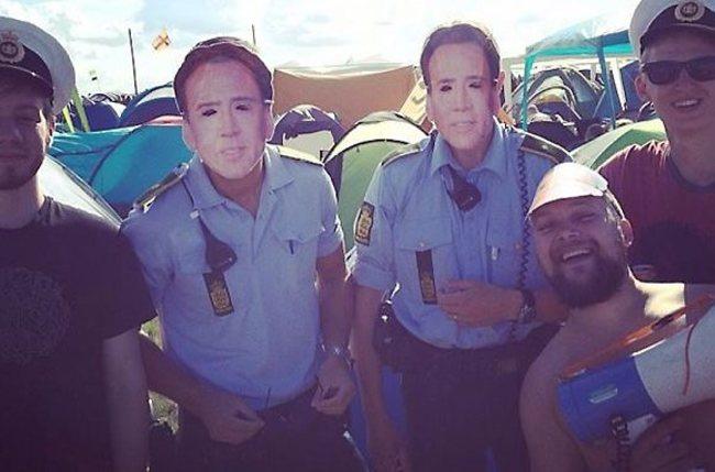 Eğlenen iyi polisler -6464