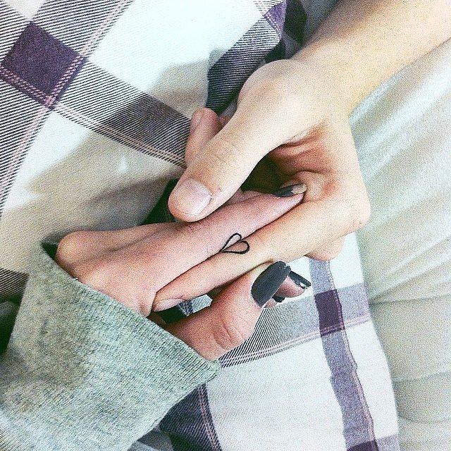 Çiftler için uyumlu dövme modelleri 10